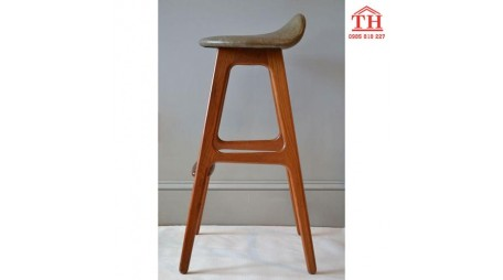 Những mẫu ghế gỗ quầy bar đẹp giá rẻ tại Hà Nội