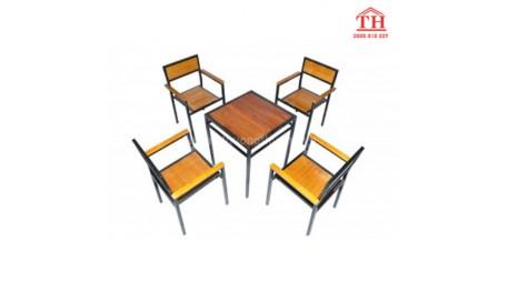 Mua bộ bàn ghế gỗ cafe giá rẻ Hà Nội cao cấp