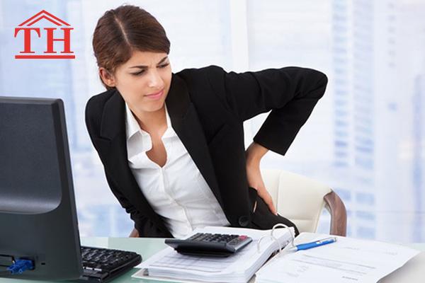 5 tư thế ngồi làm việc cấm kỵ đối với dân văn phòng